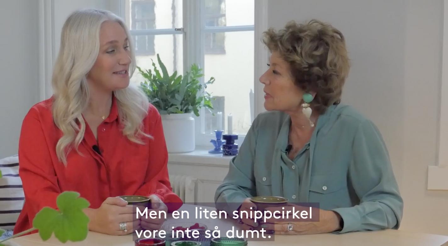 Ann Söderlund och Amelia Adamo diskuterar underlivet